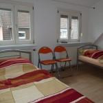 2 Bett Schlafzimmer