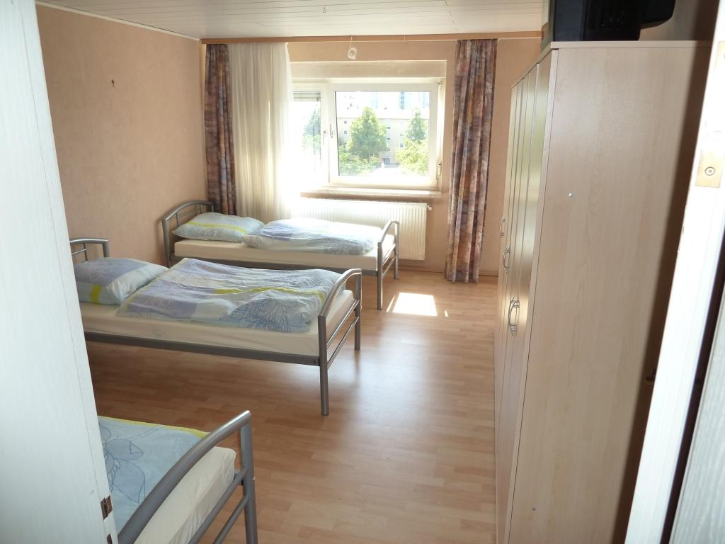 preiswerte monteurwohnung in ludwigshafen oggersheim ivm rhein neckar. Black Bedroom Furniture Sets. Home Design Ideas
