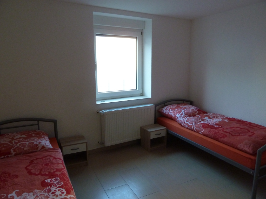 preiswerte monteurzimmer in ludwigshafen oppenau ivm rhein neckar. Black Bedroom Furniture Sets. Home Design Ideas
